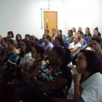 Participantes atentos á Palestra